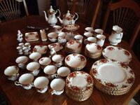 Royal Albert Old Country Rose China 90 pieces.