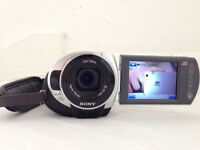 BOXED Sony DCR-SR32E 30 GB Sony handycam DCR-SR32E. The video camera is in great condition