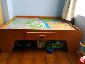 Childs toy train/car table. Accesories and track included