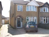 Unbelievable, refurbished 5 bedroom house with 4 bathrooms in Central Headington