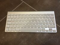 Genuine Apple A1314 wireless keyboard - German keyboard layout