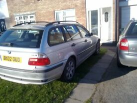 BMW 318 TOURING PARTS FOR SALE ,2002 , IN SILVER , BONNET , DOORS, ETC , GOING CHEAP