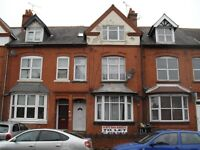 1 BED FLAT - GLENFIELD ROAD - NO DEPOSIT - WE ARE LANDLORDS NOT AGENTS