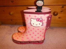 Hello Kitty Wellies Size 2 Brand New With Tag