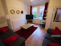 4 bedroom house in Mayville Place, Leeds, LS6 (4 bed)