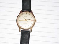 9ct gold men's wristwatch