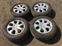 "4x Peugeot 307 15"" alloy wheels - brand new tyres"