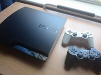 Sony (PS3) Playstation 3 Slim 320GB + 2 Controllers + 34 Games