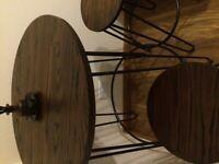 Bar table & 2 stools