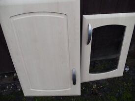 Kitchen unit/doors