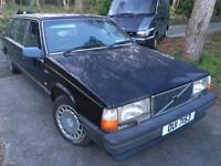 6 door Volvo limo