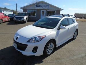 2013 Mazda MAZDA3 Sport Touring, Auto, Loaded, Heated Leather, s