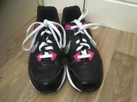 Nike air max size 2.5 black and pink trainers in immaculate condition