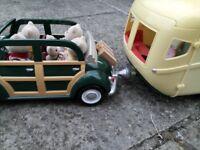 Sylvanian Families- 55 piece Caravan and Car