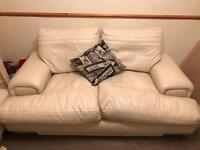 CREAM LEATHER 3 PIECE SUITE SOFA & 2CHAIRS