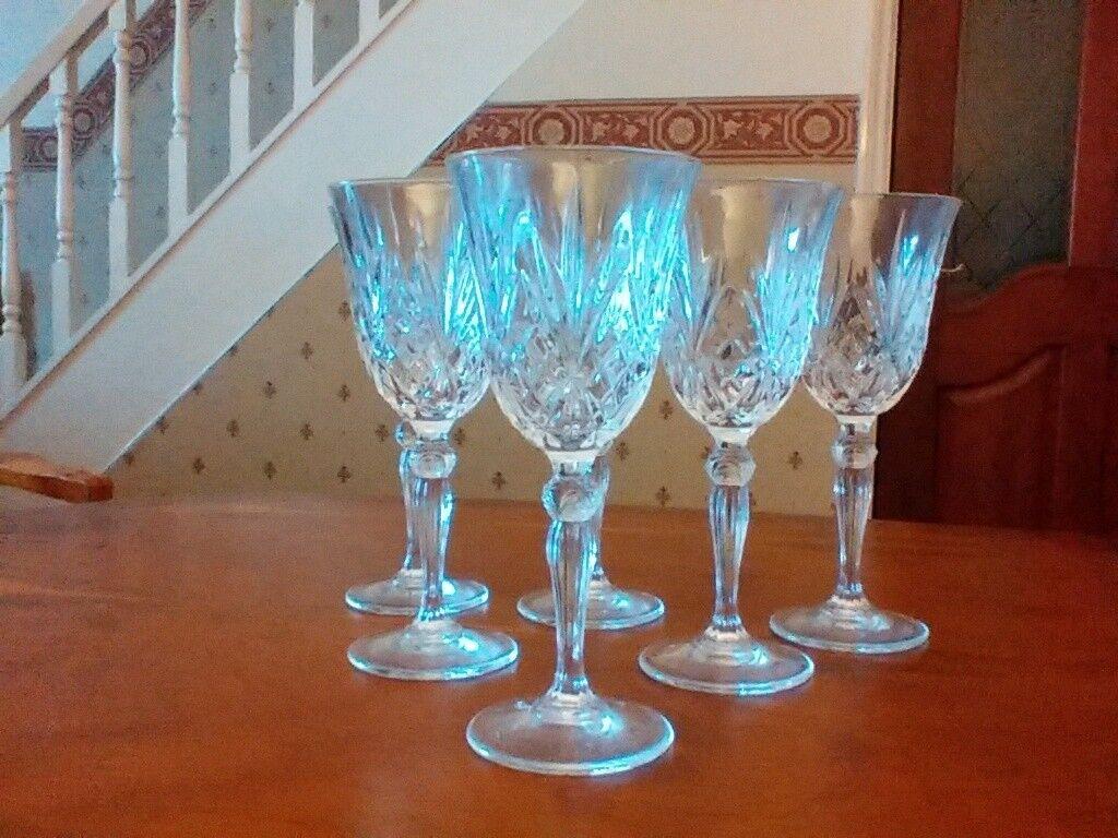 Crystal / cut glass wine glasses