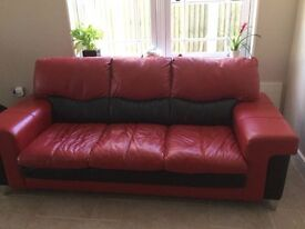 CONTEMPORARY RED / BLACK LEATHER SOFA