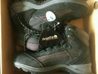 Regatta walking boots. Brand new size 8