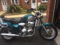 Triumph 900 legend triple low seat modern classic