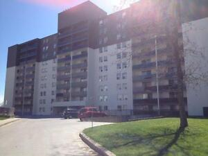 Affordable and Upscale 1-3 Bedroom Suites Available for Rent! Peterborough Peterborough Area image 2