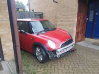 Mini one 2004 damaged but not written off!!
