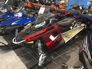 2014 Polaris Industries 550 INDY® LXT 144 Sunset Red