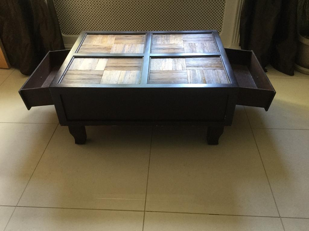 Banana Leaf Coffee Table With Drawers Over When New In - Banana leaf coffee table