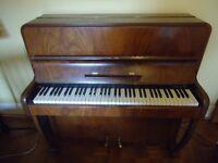 Cottage Piano, Castlewood, 6 Ocatves
