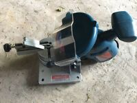 Chainsaw chain sharpener