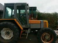 Renault 95-14 4wd tractor