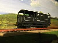 R1037 Hornby GW Worcester Toad brake Van, model railway 00 gauge