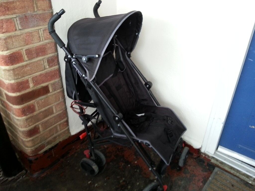 Baby start stroller pushchair comes with the rain cover