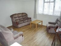 Bright Single Room in a 5 Bed house