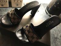 Designer Gucci Black Monogram Canvas & Leather Open Toe Slip On Heels uk5 eu38