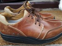 Tariki MBT Leather shoes
