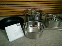 New Schulte Ufer pan set