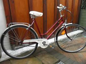 ALL ORIGINAL CLASSIC 1984 LADIES RICHMOND SUPER DELUXE 3 SPEED BIKE - 20'' FRAME - REAR RACK VGC