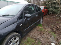 breaking black fiat grande punto breaking all parts available