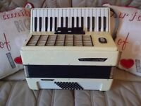 Top Weltmeister Stella accordion 34 treble, 48 bass, 5 registers. REDUCED PRICE