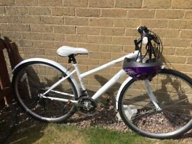 SHIMANO EQUIPPED SPIKE SPIRIT WHITE LADIES BICYCLE WITH HELMET was £200