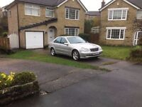 Mercedes C200 2.0K Avantgarde Auto/Triptronic* Low Mileage*Leather Seats* Smart Looks