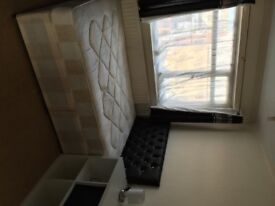 Bedsit Double Rooms £90-£100 weekly all Bills included with Free WiFi (For couple please add £20 PW)