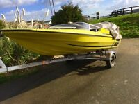 Plancraft Stingray – 14' Speedboat complete with Force 90 Motor, Trailer and Cover.