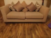 2x large 2 seaters sofas can deliver