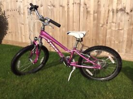 Girls Mountain bike - Trek MT60 - Size 20