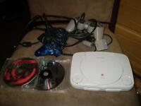 sony console ps one avec 2 jeux 2 manette 1 fil tv (usager)