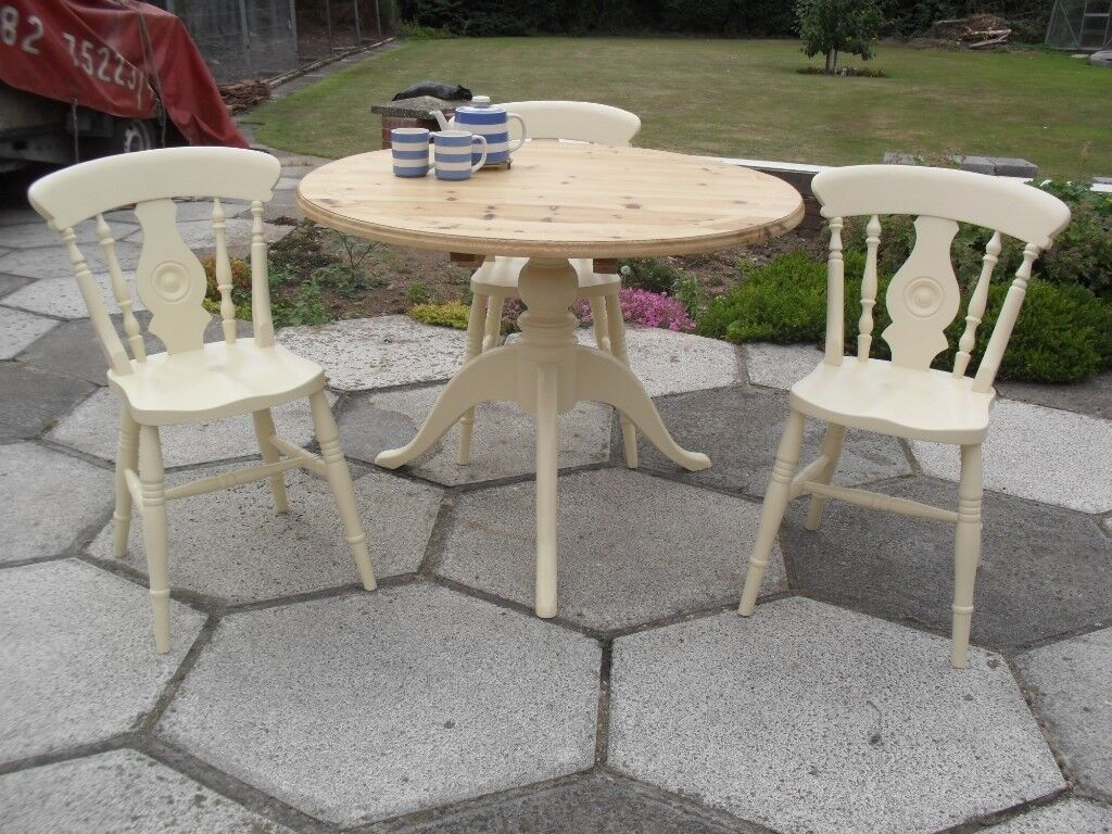 Shabby chic farmhouse country rustic round table and 3 chairs in farrow ball cream no