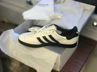 *NEW* Custom made offwhite/Black Gazelle Adidas Size 9.5
