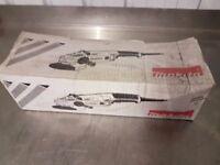 Brand NEW Makita GA9020 9in/230mm Angle Grinder 110V 2000w