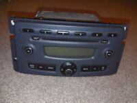 SMART CAR CD/ RADIO PLAYER IN NEW CONDITION